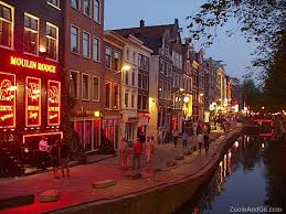 hostel amsterdam red light district been there stayed at a youth hostel no i did not do that red