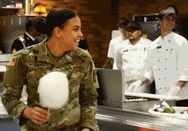 servicemembers celebrate thanksgiving with a taste of home u s