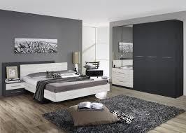 chambre contemporaine grise décoration chambre contemporaine grise 12 pau 29541744 lit