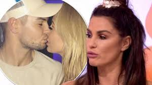what the hell katie price s drastically different appearance what the hell katie price s drastically different appearance leaves loose women viewers gobsmacked mirror online