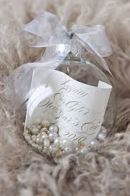 ornament favors photo by thisbe grace photography www wedsociety