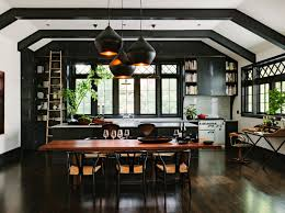 10 unique painting ideas featuring black trim