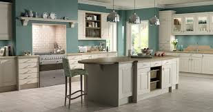 design kitchens uk fitted kitchens bathrooms berkshire