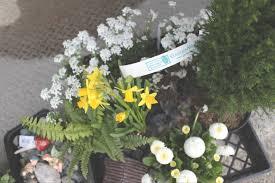 Ideas For A Fairy Garden by Diy Front Door Fairy Garden U2022 Little Miss Mama