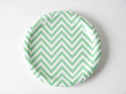 assiette jetable mariage assiettes chevron sweet day
