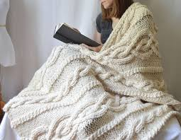 wedding gift knitting patterns 256 best blankets pillows images on knitted blankets