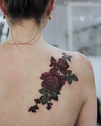 dark red roses tattoo on shoulder blade body art pinterest