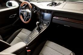 porsche 911 green porsche unveil 1 000 000th 911 calvin u0027s car diary