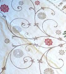 linge de lit style chalet montagne voilage style montagne top rideau taupe avec motif tiss scne de