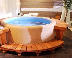 spa d exterieur bois spa 3 places caractéristiques des spas 3 places