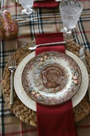a variety of turkey plates look great with the colors in this