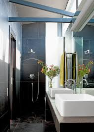 interieur salle de bain moderne une petite salle de bain design c u0027est possible marie claire