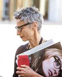 pixie grey hair styles best 25 short grey haircuts ideas on pinterest where does grey