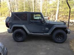 big jeep rubicon will a lift look stupid on stock tires jkowners com jeep