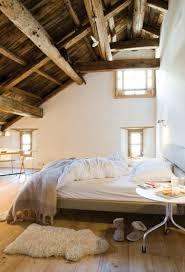 chambre poutre apparente chambres avec poutres apparentes en bois voici 20 exemples