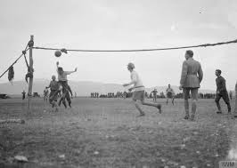 did german and british troops really stop fighting and play soccer