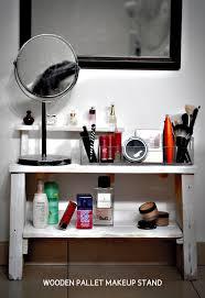 37 best diy bedroom idealistic images on pinterest paris rooms wooden pallet makeup stand diy woodenpallet makeup crafts stand j cool bedroom ideasdiy