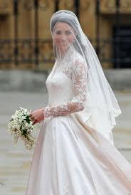 kate middleton wedding dress kate middleton wedding dress causes controversy poll