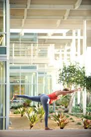 imagenes estudios yoga pin de 7 elements yoga en yoga movement beyond the studio pinterest