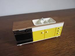 dollhouse kitchen cabinets 1970 u0027s modern dollhouse kitchen vintage mod tomy doll house