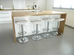 cuisine bois et blanche table design scandinave extensible bois 2017 et table console avec