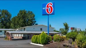 motel 6 gresham city center hotel in gresham or 65 motel6 com