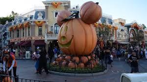 disneyland halloween decoration schedule 2016