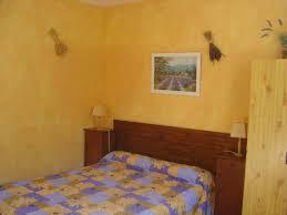location d une chambre location de chambres d hôtes à lauris de 1 à 4 personnes le de