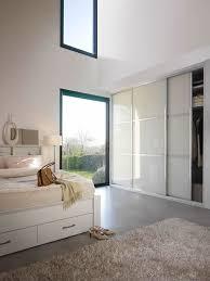 chambre avec placard placard sur mesure pour la chambre avec portes coulissantes photo 4