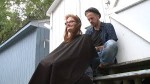 hair dresser gives free haircuts to local homeless people wtkr com