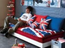 canapé angleterre matelas pour canapé avec le drapeau anglais union par mabitseb