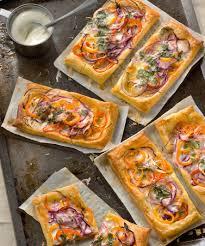cuisiner poivron tarte poivrons oignons et coriandre recette gourmand