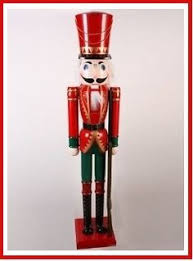 this nutcracker king is great larger than what a