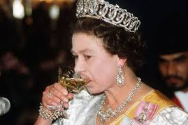 The Queen S Corgi Queens 90th Birthday Timeline And 90 Historical Facts For Your