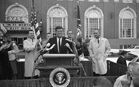 Jfk Norwalk Reflector Mementos From Kennedy Assassination On Sale In