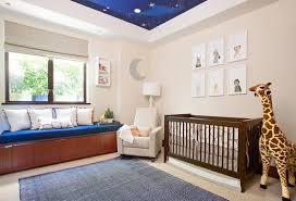 décoration plafond chambre bébé design interieur chambre bebe fille girafe canape droit rembourre