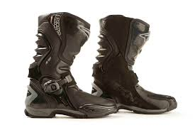 most comfortable motocross boots mcn biking britain survey top 10 most comfortable racing boots mcn