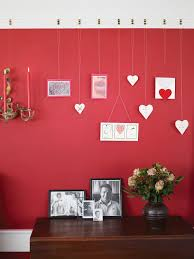 how to decorate pictures 20 ways to decorate with red sunset magazine