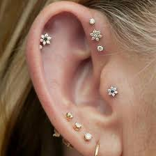 earring pierced jewels flowers diamonds ear piercings helix piercing piercing