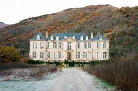 an 18th century french château prepares for winter vogue