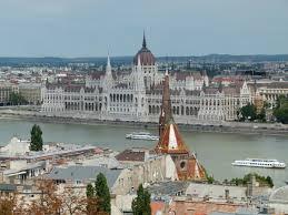 Bad Budapest Fischerbastei U0026 Labyrinth Budaer Burgviertel Reiselurch De