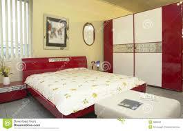 peinture moderne chambre stunning chambre a coucher peinture pictures antoniogarcia