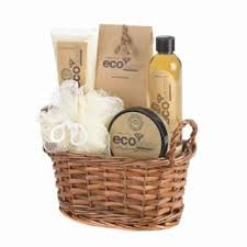 bath gift baskets stunning and affordable gift basket ideas