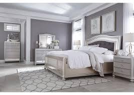 harlem furniture coralayne silver queen upholstered bed w dresser