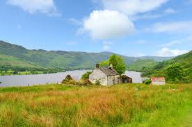 Loch Lomond Cottage Rental by Traditional Loch Lomond Cottage Ideal For Diy Project The Scotsman