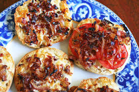 Toaster Muffins Caramelized Onion English Muffin Pizzas Recipe Simplyrecipes Com