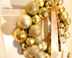 bentleyblonde christmas ornament ball wreath tutorial