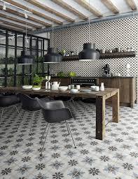 carrelage noir et blanc cuisine cuisine avec carrelage noir et blanc chaios com