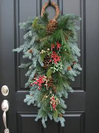 swag instead of a wreath for the front door crafts