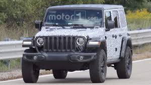 jeep truck 2018 spy photos 2018 jeep wrangler rubicon spied with virtually no camo